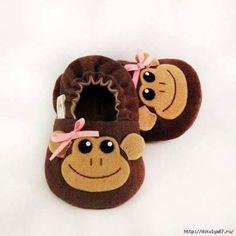 Sapatinho de bebê em feltro com molde - Os sapatinhos em feltro além de manter os pezinhos do seu bebê aquecidos e protegidos, vai deixa...