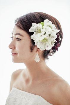 太陽の日差しが似合う大人フェミニンな挙式スタイル/Side Wedding Looks, Bridal Looks, Headdress, Bridal Hair, Marie, Wedding Hairstyles, Short Hair Styles, Wedding Planning, Hair Makeup