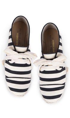 Black + white stripes //