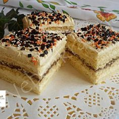 Érdekel a receptje? Kattints a képre! Hungarian Recipes, Vanilla Cake, Tiramisu, Cheesecake, Food And Drink, Cupcakes, Easter, Cookies, Ethnic Recipes