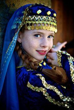 ♔ People from around the World:  ☪ Azerbaijan
