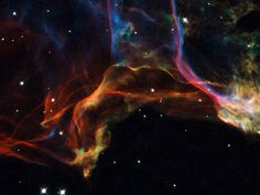 Detail of the Veil Nebula (NGC 6960) [2048x1536]. wallpaper/ background for iPad mini/ air/ 2 / pro/ laptop @dquocbuu