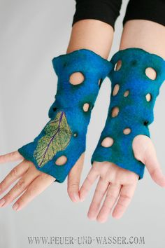 Fingerless Gloves arm warmers felted fairy by FeuerUndWasser