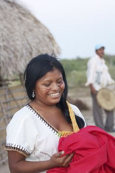 Una hermosa mujer de la tribu Wayuu del norte de Colombia. Foto: Sonia Molina