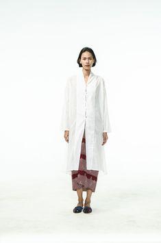 Batik Fashion, Ethnic Fashion, Hijab Fashion, Fashion Outfits, Womens Fashion, Asian Fashion, Batik Kebaya, Kebaya Dress, Kebaya Hijab