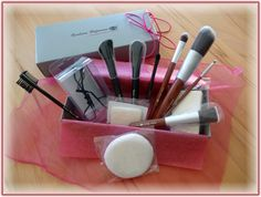 Barbara Hofmann ~ The Beauty Tools Company  http://tatis-buntetestwelt.blogspot.de/2014/03/barbara-hofmann-beauty-tools-company.html
