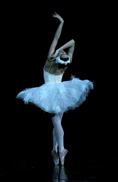 Uploaded by shyaway. Find images and videos about dance, ballet and swan lake on We Heart It - the app to get lost in what you love. Shall We Dance, Lets Dance, Dance Photos, Dance Pictures, Margot Fonteyn, Dance Movement, Ballet Photography, Tiny Dancer, Ballet Beautiful