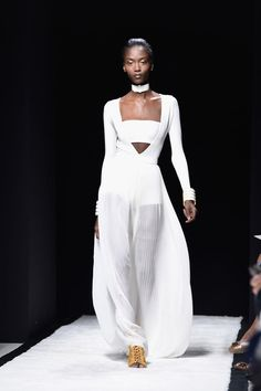 All The Gowns From Spring 2015 - NYFW - Elle um some one is confused next!!!