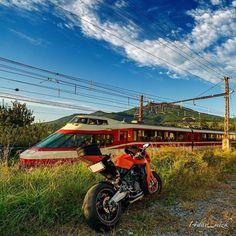 ''' 撃墜任務完了昨日の旅の大目的w 小田急箱根ロマンスカーも長野で第二の人生を送っていますw #ゆけむり号#長野電鉄#長野線#信濃竹原駅#小田急#箱根#ロマンスカー#10000形#第二の人生#中野市#長野県#バイクと鉄道#バイク#バイクのある風景#KTM#RC8#ツーリング#touring#motorcycle#landscape #scenery#moto#bikes#biker#rider#motoadventure#railways#sunsets#sunrise_sunsets_aroundworld#japan by 14day_mizk