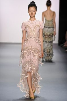 View the complete Jenny Packham Spring 2017 collection from New York Fashion Week.