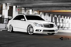 White Mercedes Benz E350 sedan W212