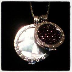 Ze heeft er een zusje bij! #mimoneda #necklace #diamonds #loveit - @designbylisa- #webstagram
