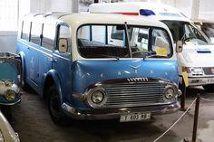 TATRA T603MB New Bus, Microcar, Mini Bus, Weird Cars, Vintage Vans, Truck Design, Busses, Cute Cars, Automotive Design