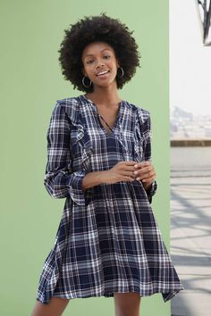 Cute fall dresses are the easiest and quickest way to look put together while also staying comfortable. These dresses fit the look of fall while still helping you keep cool on warmer days and can be paired with a cardigan or blue jean jacket for cooler evenings. #falldresses #fallfashion #falloutfitideas #southernstyle #southernliving