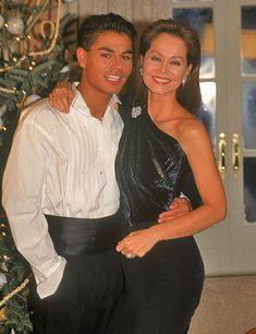 Isabel Preysler y su hijo Julio José Iglesias en el rodaje de un spot para Porcelanosa