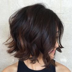 Bob hairstyles are really trendy and popular nowadays. So here are the best images of the Most Beloved Brunette Bob Hairstyles for Ladies, check our gallery that we have compiled for you! Bob Hairstyles For Thick, Bob Haircuts For Women, Layered Bob Hairstyles, Hairstyles Haircuts, Beautiful Hairstyles, Medium Hairstyles, Brunette Hairstyles, Men's Hairstyle, Popular Haircuts