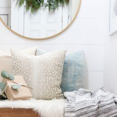 Wishing you and yours a wonderful and blessed Christmas Eve 💕🎄! Rustic Paint Colors, Front Door Paint Colors, Farmhouse Paint Colors, Neutral Paint Colors, Paint Color Palettes, Paint Color Schemes, City Farmhouse, Farmhouse Front, Matching Paint Colors