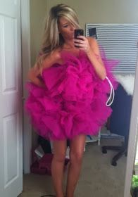 Loofah Halloween Costume, hah this would be so awesome! Loofah Halloween Costume, Adult Halloween Party, Halloween 2017, Holidays Halloween, Halloween Make, Halloween Decorations, Fancy Dress, Dress Up, Up Costumes