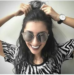 Youtubers, Round Sunglasses, Stylists, Greek, My Favorite Things, Outfits, Fashion, Outfit, Moda