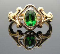 1930s Art Nouveau Ring, Fine Green Tsavorite Garnet in 10k Rose Gold