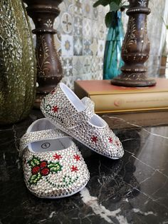 Made with Siam, jet, peridot, emerald, and crystal Swarovski rhinestones. A perfect baby shower present or baby keepsake! Baby Shower Presents, Baby Shower Gifts, Christmas Shoes, Baby Bling, Rhinestone Shoes, Baby Keepsake, Little Princess, Peridot, Rhinestones