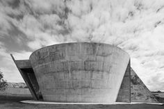 Image 8 of 15 from gallery of Nova Serrana Chapel / Kruchin Arquitetura. Photograph by Daniel Ducci Concrete Finishes, Goncalves, Master Plan, Our Lady, 18th Century, Cathedral, Nova, Exterior, Architecture