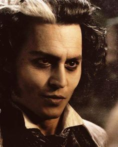 Johnny Depp as Sweeney Todd in Sweeney Todd: The Demon Barber Of Fleet Street Johnny Movie, Here's Johnny, Johnny Depp Movies, Sweeney Todd, Alan Rickman, Johnny Depp Personajes, Johnny Depp Characters, Famous Musicals, Johnny Depp Pictures