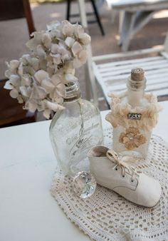 baby shower table decorations go vintage