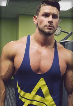 More sexy guys on [MusclesWorship] If you like my post, please : [Rate my blog]