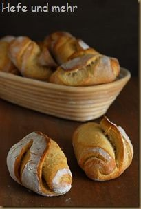 Crusty rolls with Pâte Fermentée