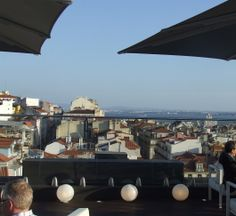Rooftop Bar - Hotel Mundial, Lisbon http://cafeteriaportuguesa.blogspot.pt We stayed here.  Great location