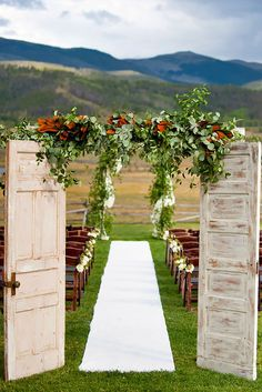 old door wedding decoration 4