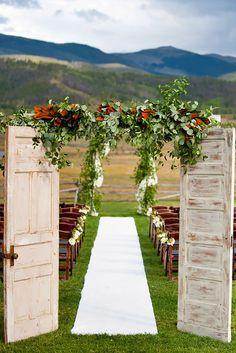 old door wedding decoration 4