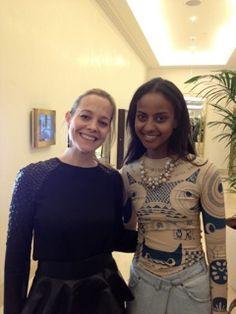 Wen haben wir denn da? Unser Creative Director und Founder Annette Albrecht -Wetzel und Model Sara Nuru, die ihrem coolen Ethno-Look mit unserer Fiorella Necklace ein perfektes Finish verleiht.