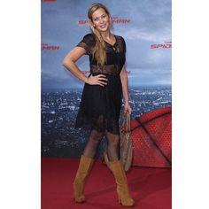 Laura Osswald #bottes #boots #pantyhose #collant #celebrite #celebrity #nylon #legs #jambes http://tipsrazzi.com/ipost/1522202800375796411/?code=BUf82HIgRK7