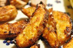 Hvor mange måder kan man lige variere de ovnbagte pommes frites på? Mange skal jeg hilse og sige og hvis man pludselig en dag finder et glas Tacosauce i skabet, kan der pludselig - ud af det blå - udvikles