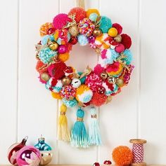 All the poms! Make a pom pom wreath in the latest Christmas issue of Mollie Makes. Comes with BONUS 2017 calendar & organiser stickers. Please choose cruelty free, go vegan! Mollie Makes, Bohemian Christmas, Christmas Wreaths, Christmas Crafts, Beautiful Christmas, Christmas Music, Christmas Christmas, Colorful Christmas Decorations, Crochet Christmas Wreath