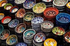 Classical Turkish ceramics in the market