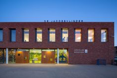 Jacobsvlinder School / DKV architecten