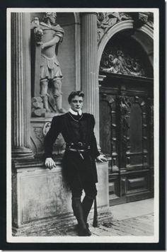 Hamlet by John Gielgud