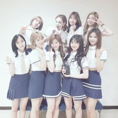 Check out Twice @ Iomoio Nayeon, Kpop Girl Groups, Korean Girl Groups, Kpop Girls, Twice Tzuyu, Twice Dahyun, Seoul Music Awards, Mnet Asian Music Awards, I Love Girls