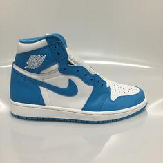 """Air Jordan 1 """"UNC"""" Size 9 & 10.5 DS"""