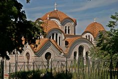 Agia Marina Church was built in 1922 on a much older Byzantine church of the century whose murals you can see inside the new one. Athens Hotel, 11th Century, Acropolis, Byzantine, The Locals, Murals, Barcelona Cathedral, Taj Mahal, Greece