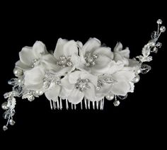 Gorgeous off white designer wedding hair flower comb - SPECIAL ONE LEFT