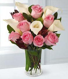 buchete di fiori | Fiori festa della Mamma - rose e calle | Wine & Flowers Blog