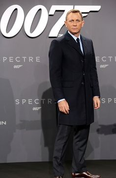 c89a44348a Daniel Craig attends the German premiere of the new James Bond movie   Spectre  at