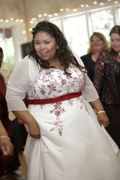 Too much detail on this dress not to me showing for Wedding dresses size 28