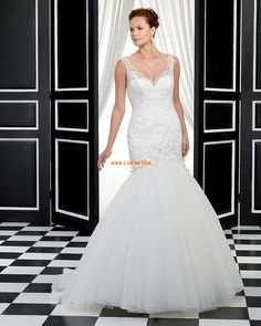 High quality UK wedding apparel with fast shipping and excellent service makes your wedding perfect and impressive. Elegant Wedding Gowns, Wedding Dresses 2014, Princess Wedding Dresses, Forever Yours, Chapel Train, Dress Codes, Trumpet, Marie, Mermaid