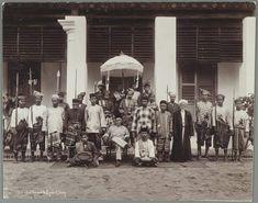 Pahang Royals Vintage Posters, Vintage Photos, Kuala Lumpur City, World War Ii, Royals, Collections, King, Culture, History
