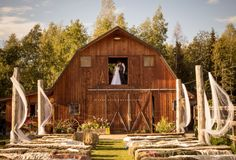 GloryView Farm venue I've seen couples seated, too. Drape over loft area and down sides for extra dramatic look with huge baby's breath wreaths on sides Babys Breath Wreath, Dramatic Look, To Go, Loft, Cabin, House Styles, Baby's Breath, July 1, Daughters